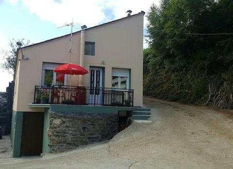 Casa de Forno en Queixadoiro (Triacastela).