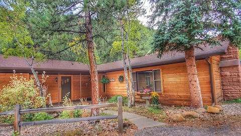 The Blue Spruce Cabin @ Fall River Cabins