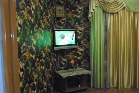 Сдаю 2-комнатную квартиру в центре Новочеркасска - Novocherkassk
