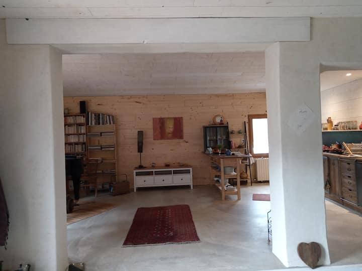Maison entièrement rénovée dans un village drômois