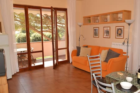 Grazioso appartamento 4/5 persone - Montecatini Terme - Wohnung