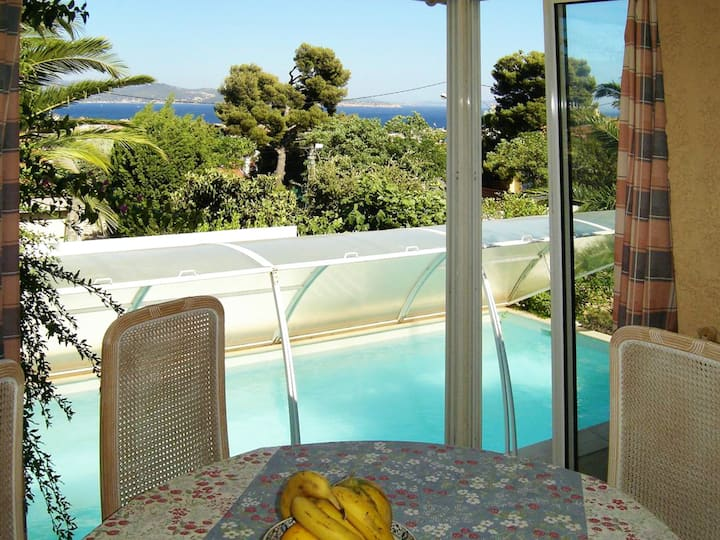 Villa with 3 bedrooms in la Ciotat, with wonderful sea view, private pool, enclosed garden