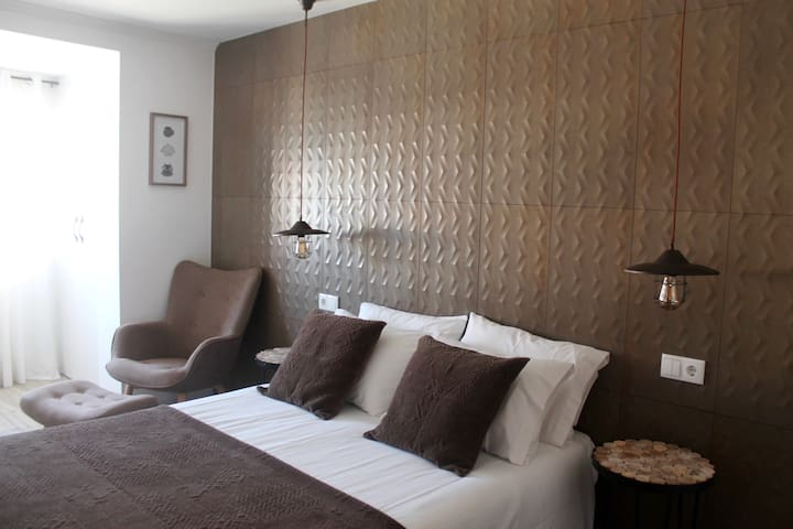 Guilhim Guest House - Suite 1