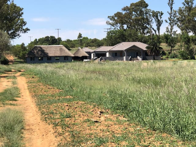 Tranquil bush veld experience and gameviewing