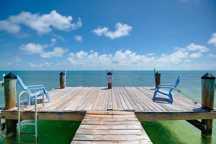 OceanFront Villa Delight (dock)