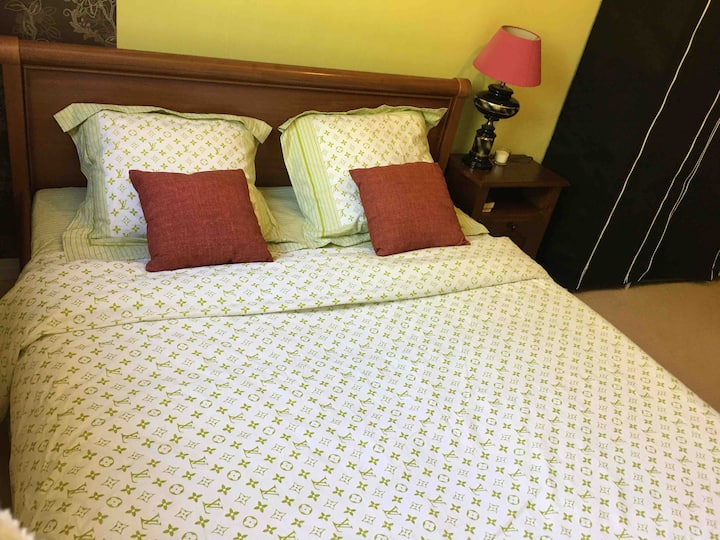 Chambre à louer dans appart F3, propre, calme, par