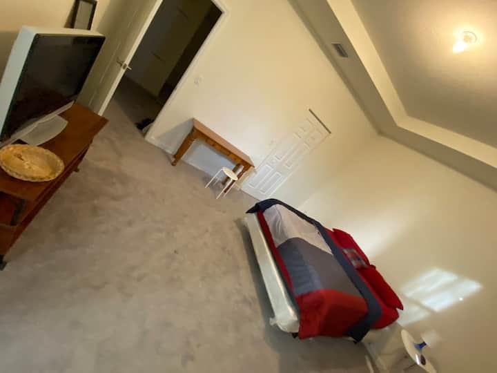 Room rental Hialeah Gardens