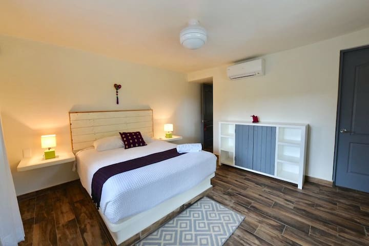 Second bedroom / main house / queen size bed