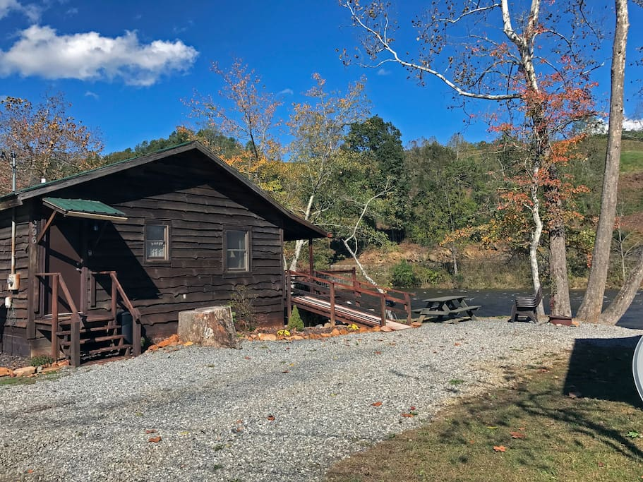 special 79 nt peaceful riverfront cabin cabins