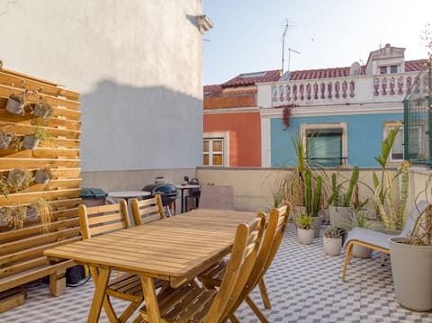 Stunning Apartment & Terrace in Principe Real