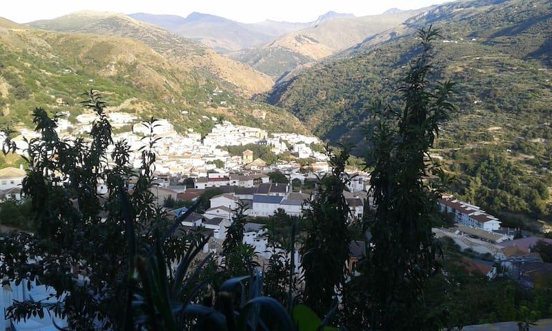 impresinante vistas - Güejar Sierra - Apartment