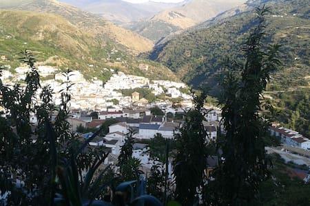 impresinante vistas - Güejar Sierra