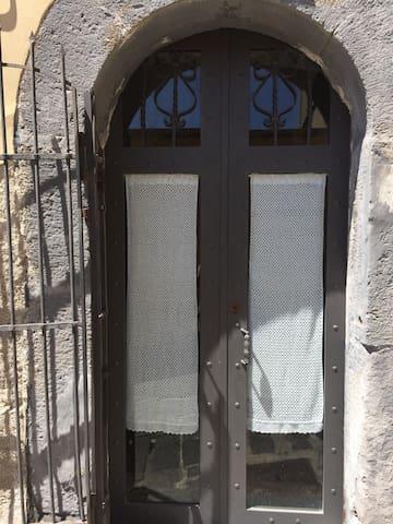 Affascinante/accogliente alloggio - Vizzini - House