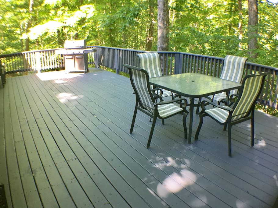 Spacious deck in the woods