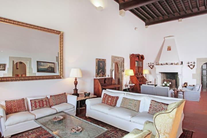 Castell Sant Mori: 110010 - Sant Mori - Villa