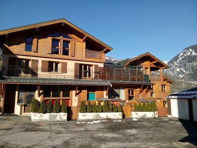 Gd T3 tt confort 6P 2 ch+ mezzanine accès ski ARCS - Bourg-Saint-Maurice - Apartamento
