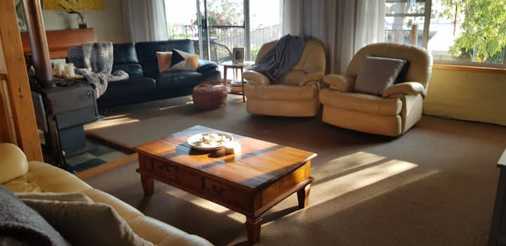 SunLake House - close to  Forster & Pacific Palms