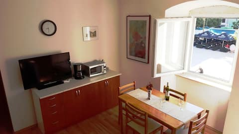 PAG, Two bedroom apartment on central square
