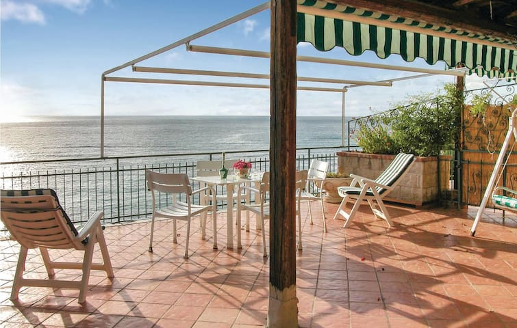 Semi-Detached with 3 bedrooms on 130 m² in San Mauro Cilento SA