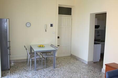 Appartamento nel cuore di Bagheria - Bagheria - Apartment