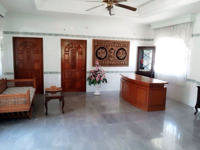Thai residence 2 bed House w/ POOL - A.banglamung - House