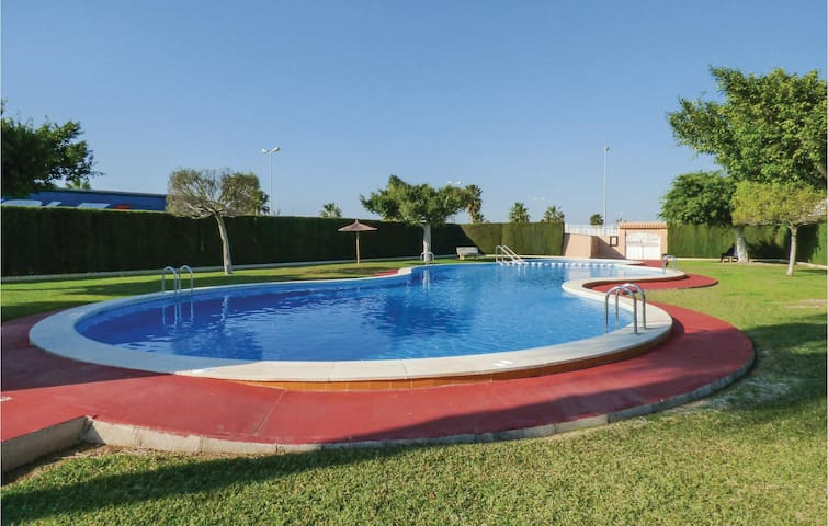 Terraced house with 2 bedrooms on 50 m² in Torrevieja