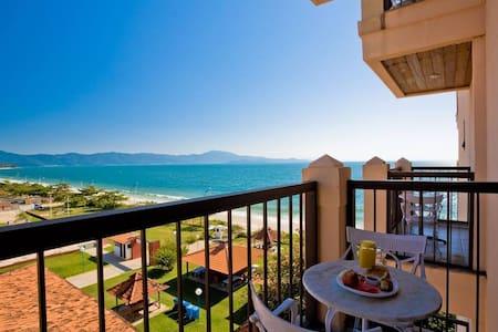 Jurerê Beach Village - junto ao mar - Florianópolis