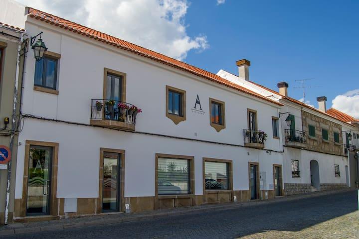 ALTITUDE - Alojamento em Belmonte