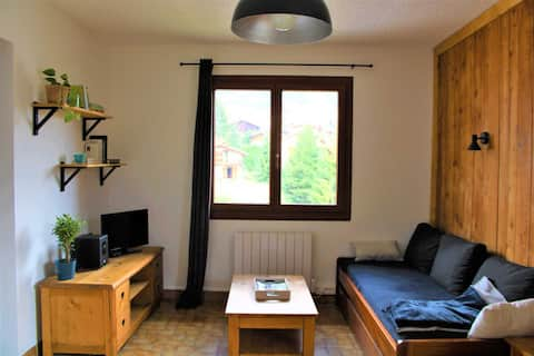 Komplett renovierte und ausgestattete 2-Zimmerwohnung