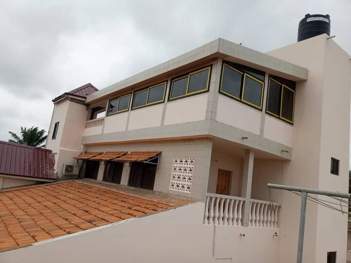 Furnished air-conditioned apartment, Lomé, Togo