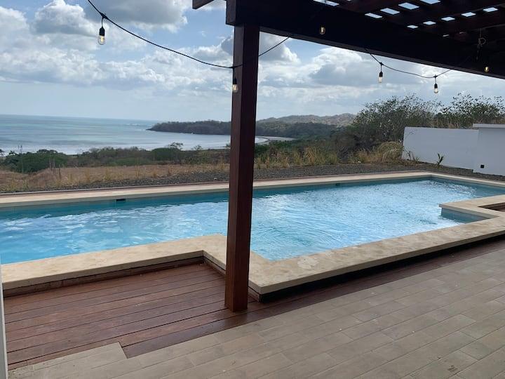 Breathtaking Ocean Villa-Guest Suite