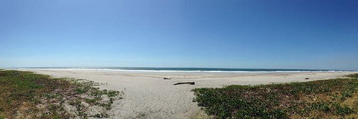 Pacific Beach Escape