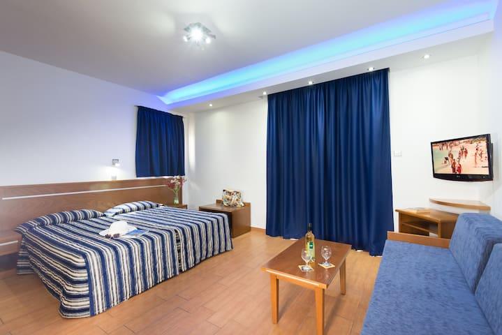 Loutsiana Hotel Apts Studio #2