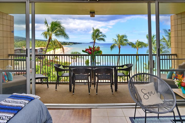 "Keawakapu Beachfront Living- ""True"" oceanfront!"