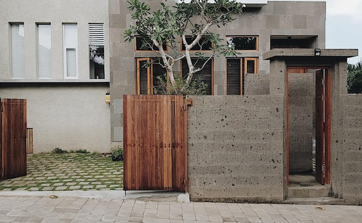 balimimpi villa 3 bedrooms plus 3 bathrooms
