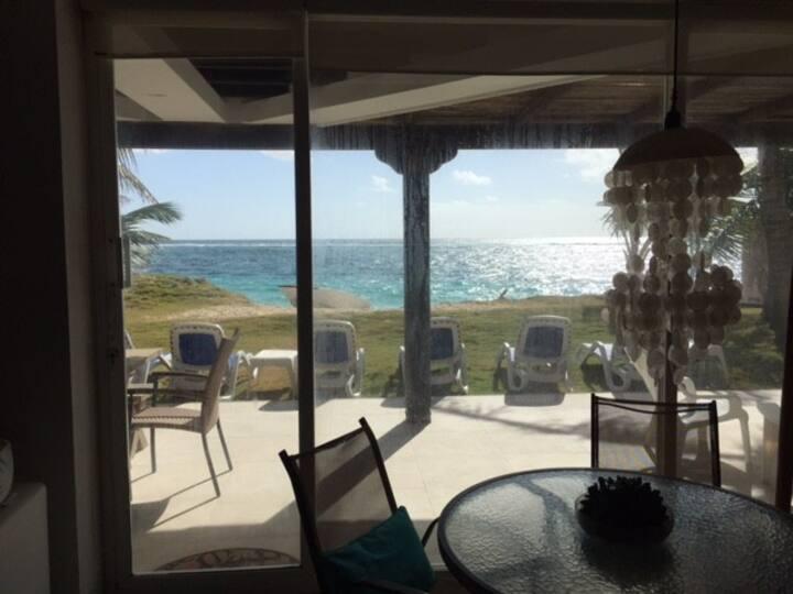 Casa sobre línea de mar!!! Sea horse house!!