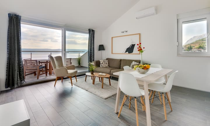 Villa Jolara, Loft beautiffull suite-sea view
