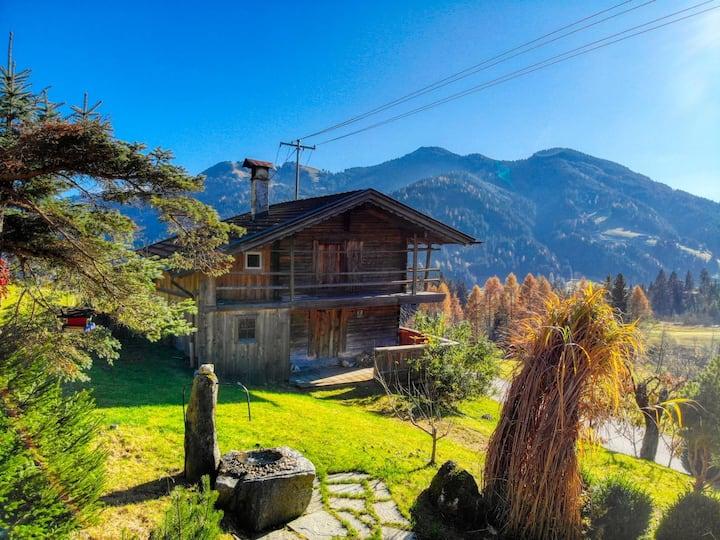 Kastnhäusl Wildschönau - urige Hütte mit Bergblick