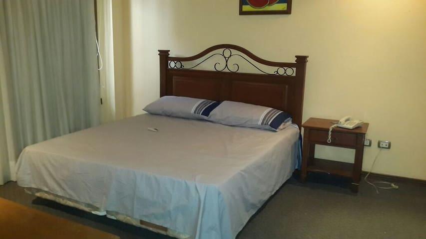 Departamento hotel casa blanca - Santa Cruz de la Sierra