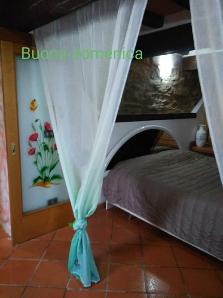 Appartamento  piccolo  ideale per coppia oppu