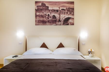 Vatican Luxury Suites - Roma - Bed & Breakfast