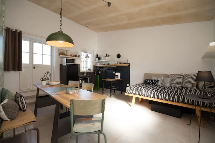 A funky loft in Casa Rual close to beach and town
