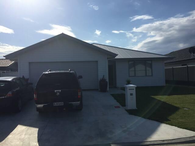 Modern in Te Awa, Napier - Bedroom 3.
