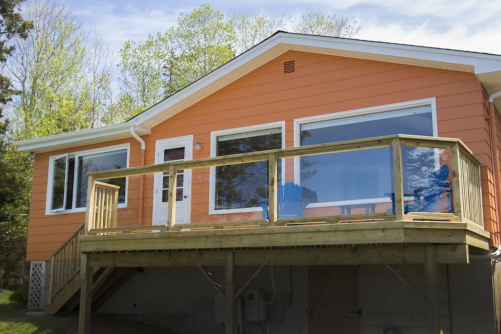 New large ocean-facing deck