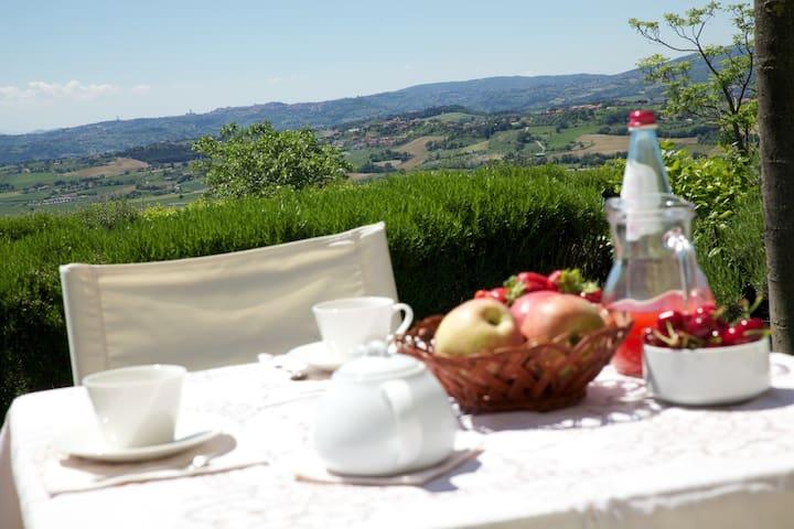 Spettacolare Vista sulle colline Umbre - Fontanina