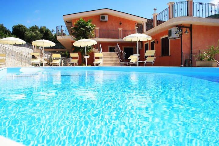 Residence La Marinella - Palmi - Casa de campo