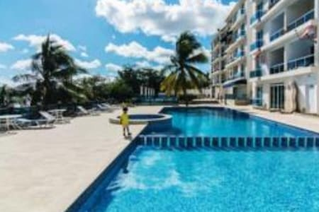 Boca Chica Blue Pearl PH 2 with Jacuzzi !