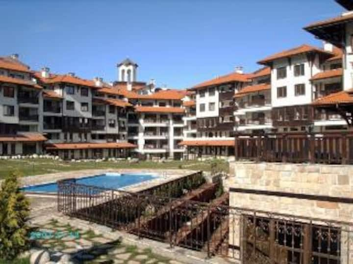 Luxury Apartment in Royal Towers 150m from Gondola