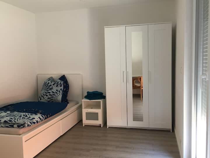 Monteur/Kurzzeitunterkunft- 8 Einzelzimmer