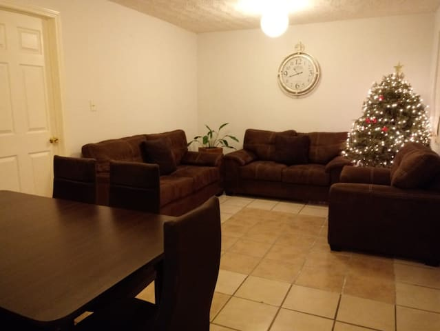 Nice comfy room Benvenuti!